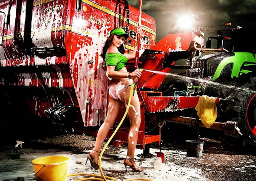 a-sexy-german-girl-washing-the-big-machine-at-the-backdrop-emulates-that-hot-eat-burger-while-washing-car-paris-hilton-dont-think-so-german-girls-rock