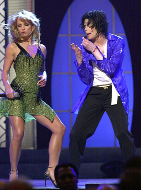 michael_and_britney_21
