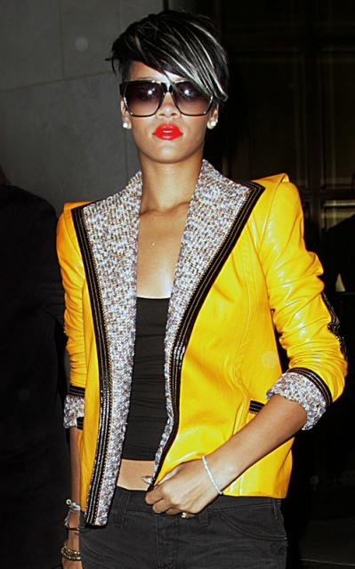 rihanna-yellow-559-8preview