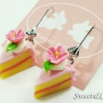 sweet-pink-sun-flower-cake-slice-silver-dangle-earrings
