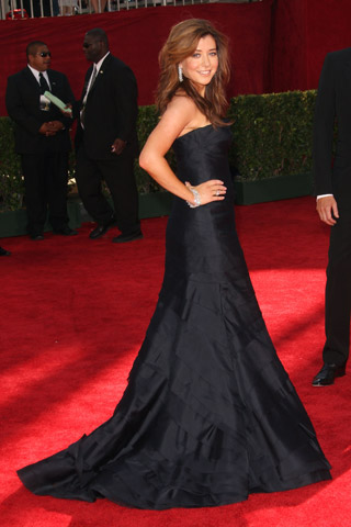 Alyson Hannigan, in Vera Wang and Chopard jewels.