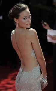 Olivia-Wilde-Arrives-the-2009-Emmy-Awards-house-md-8244477-500-800