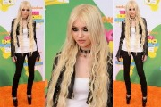 Taylor Momsen: Kid's Choice Awards 2011