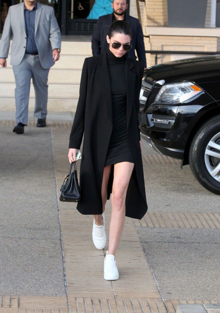 Kendall Jenner seen displaying her long legs while shopping in Beverly Hills