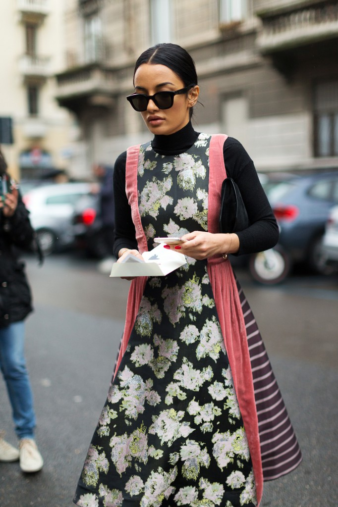 hbz-street-style-trends-fall-2016-return-of-the-floral-07