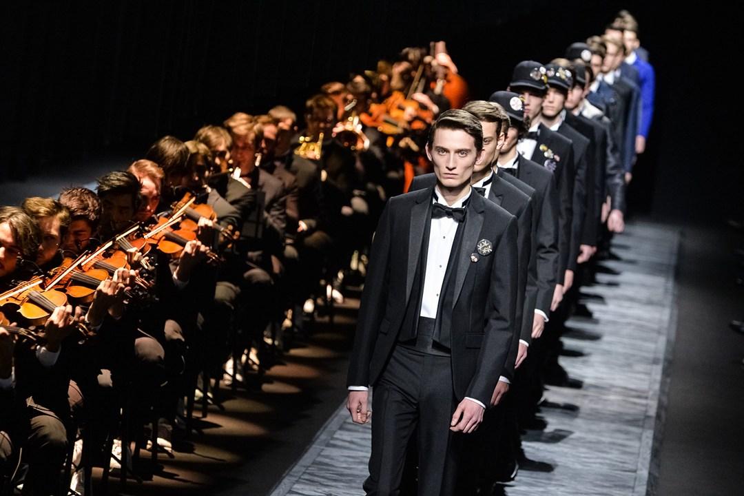 Dior-Vogue-26Jan15-Getty_b_1080x720