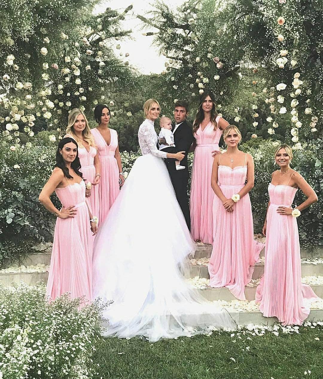 b4ba051cee Δες το εκπληκτικό Dior νυφικό της Chiara Ferragni - Fashionway.gr ...