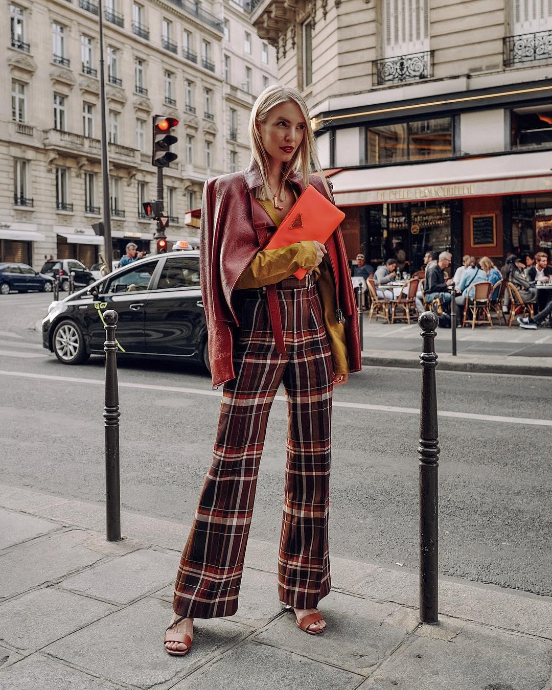3f0b0ee10ad5 Yπόθεση Πουλόβερ  Η αγαπημένη fashion blogger Rachel Parcell μας δείχνει  ποια πουλόβερ να αγοράσουμε φέτος